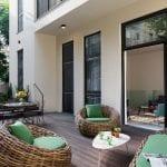 דירת נופש דופלקס עם חמישה חדרי שינה וגינה בשינקין
